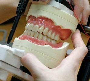 Sérült fogsor javítása